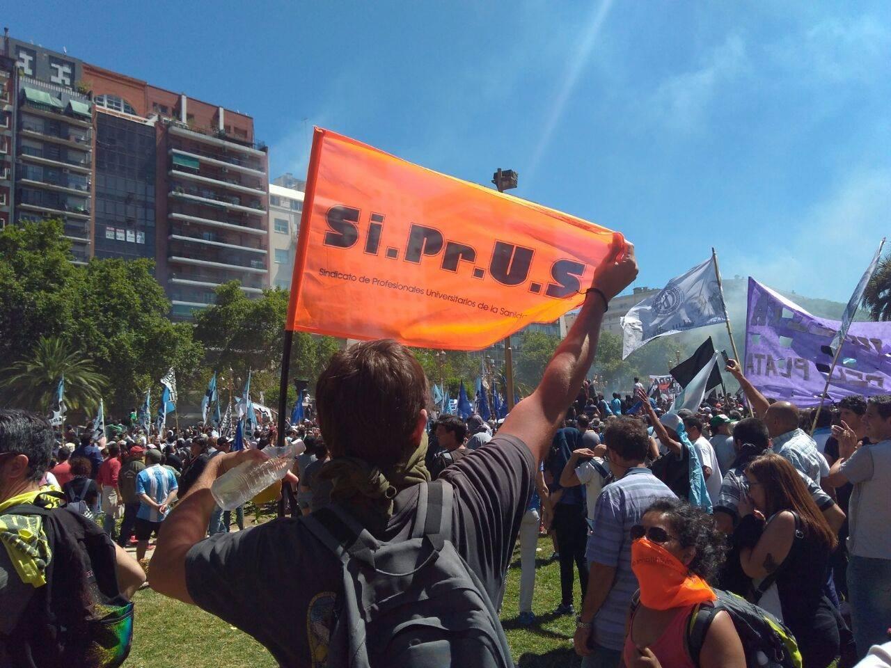 REFORMA PREVISIONAL: SIPRUS en la calle, en Buenos Aires, en Rosario, en Santa Fe, en Reconquista...