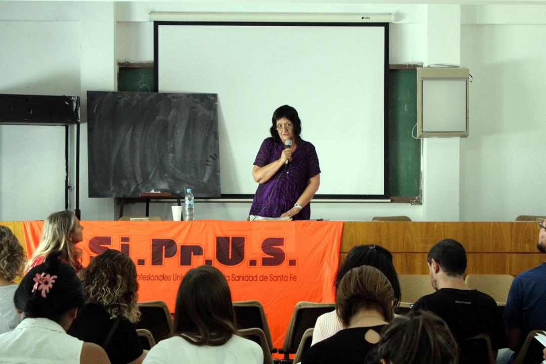 Cynthia Pok en Rosario: herramientas para la lucha salarial
