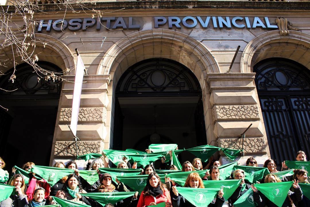 Pañuelazo en el Hospital Provincial