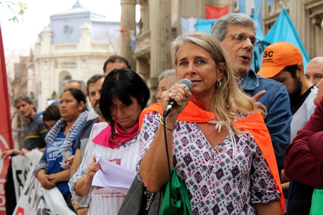 """SIPRUS en las calles contra las """"medidas criminales de gobierno"""""""
